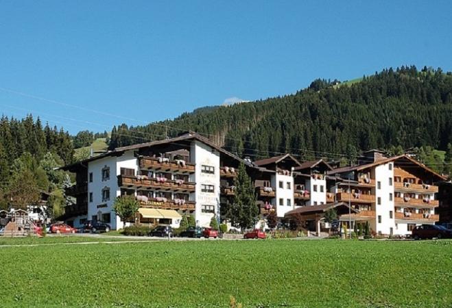 Hotel Lifthotel Montagna Austria Estate
