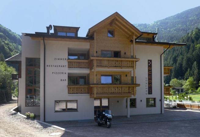Hotel Gasthof Zur Sonne Montagna Italia Estate