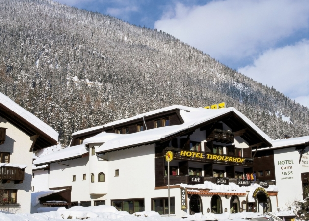 Hotel Tirolerhof Montagna Austria