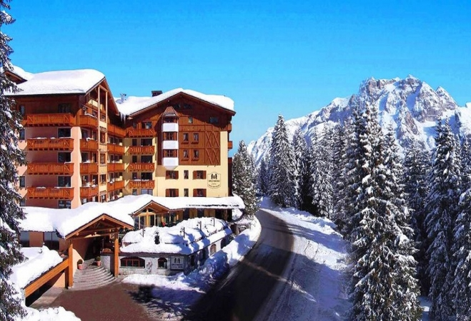 Hotel Carlo Magno Montagna Italia - Inverno