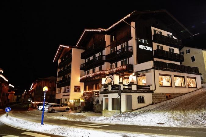 Hotel Monzoni Montagna Italia - Inverno