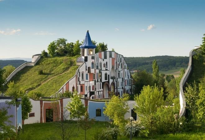 Rogner Bad Blumau Montagna Austria Estate