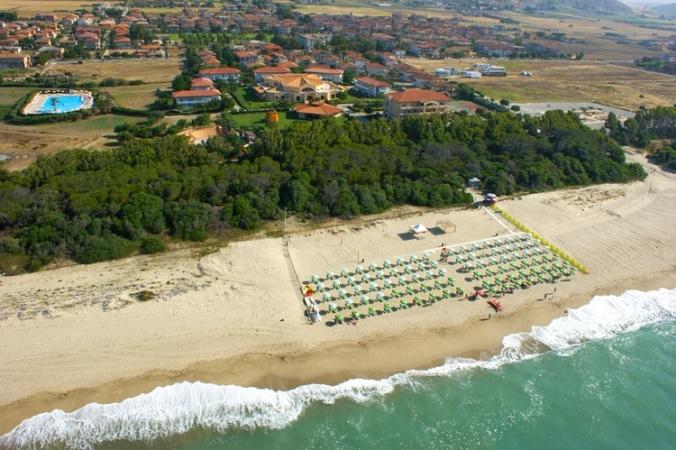 Madama Club Village Mare Italia