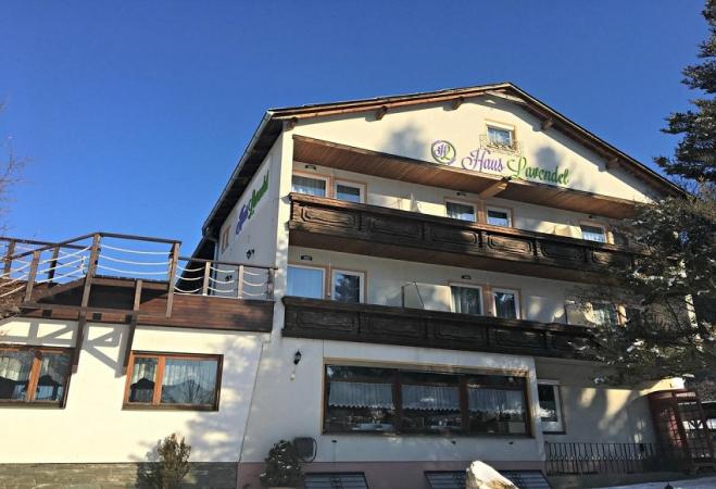 Hotel Lavendel Montagna Austria Estate