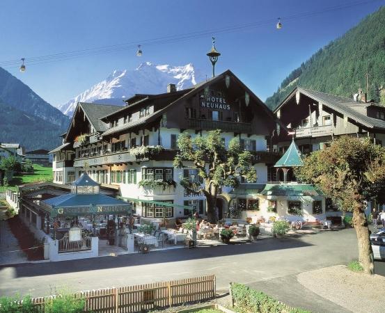 Alpendomizil Neuhas Montagna Austria Estate