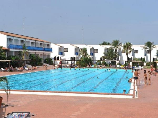 Hotel Club Santa Sabina Mare Italia