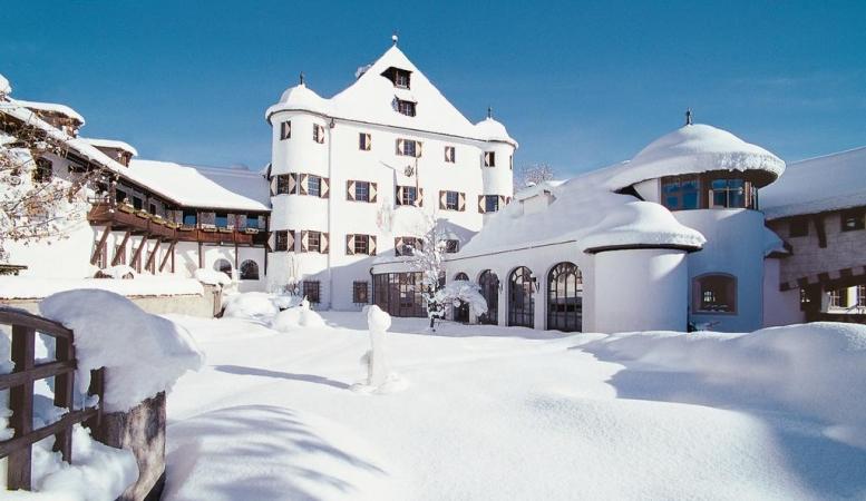Family Hotel Schloss Rosenegg Montagna Austria