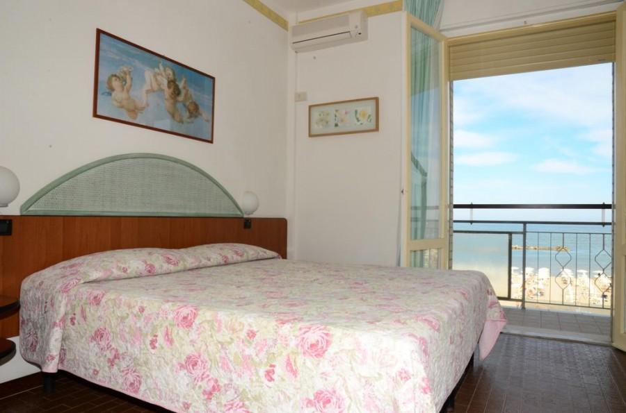 Bagno Mediterraneo Lido Di Savio : Hotel mediterraneo lido di savio lido di savio italy